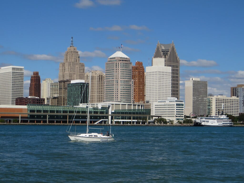Tradelines Detroit Michigan