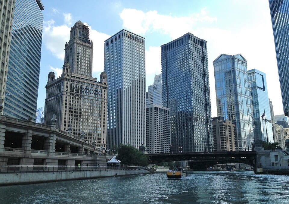 tradelines Chicago IL